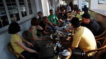 tweetup-bg
